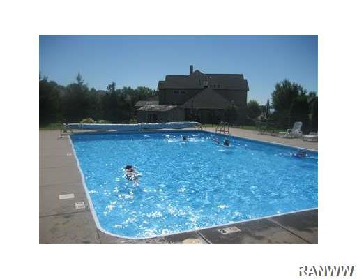 Swimming Pool/Hot Tub/Sauna. - 16420 91st Avenue Chippewa Falls