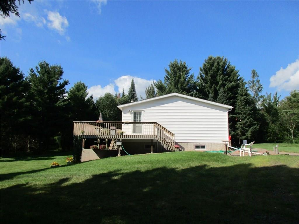 - 12633 Roos Road Gordon