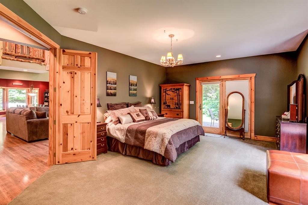 Grand master suite on the main level - 2736 27 1/2 Avenue Birchwood