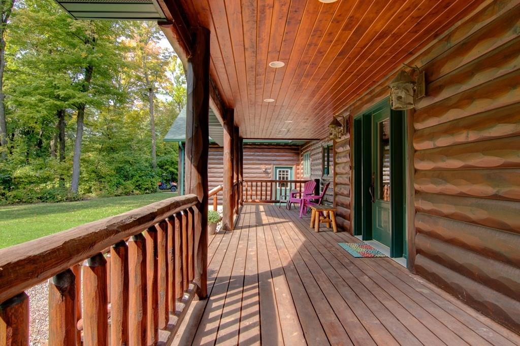 Relaxing open air front porch! - 2736 27 1/2 Avenue Birchwood