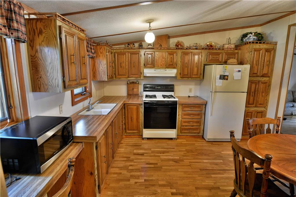 - 45620 County Hwy D  Cable
