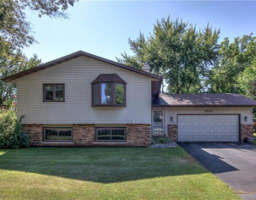 2832 Wellington Drive, Eau Claire - MLS# 1534998 - $179999.00