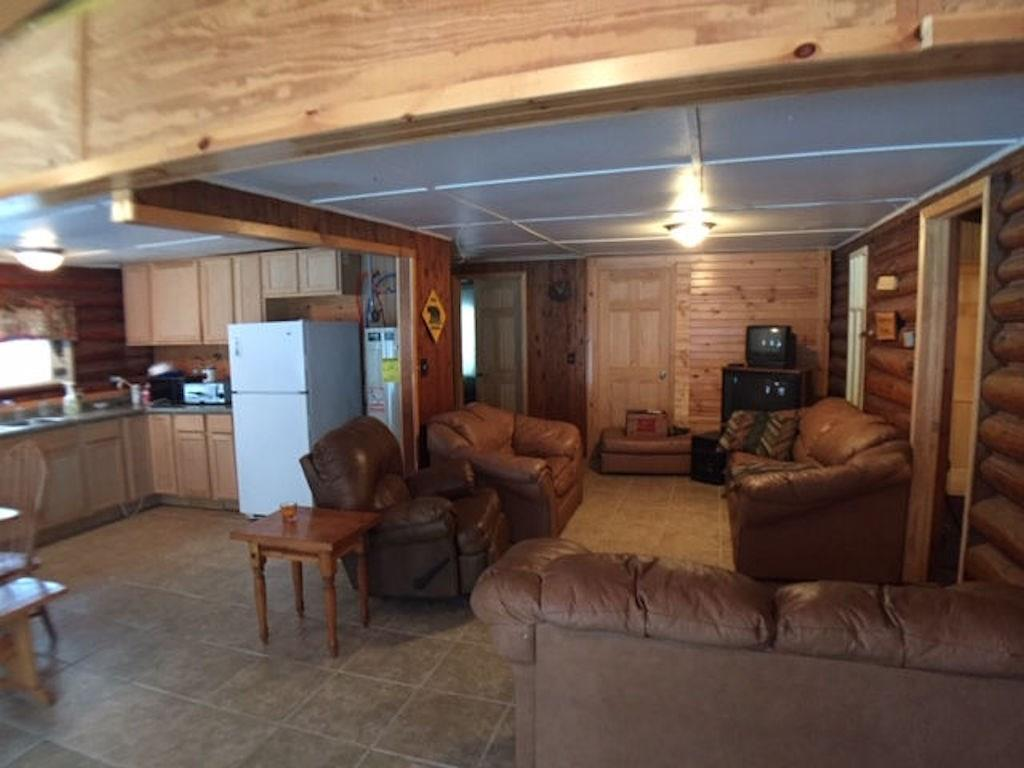 - 5102 State Hwy 77 Highway Clam Lake