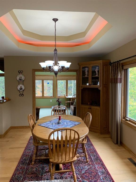 Tray ceiling w/dimmer lighting - 3635 Ridgeway Drive Eau Claire