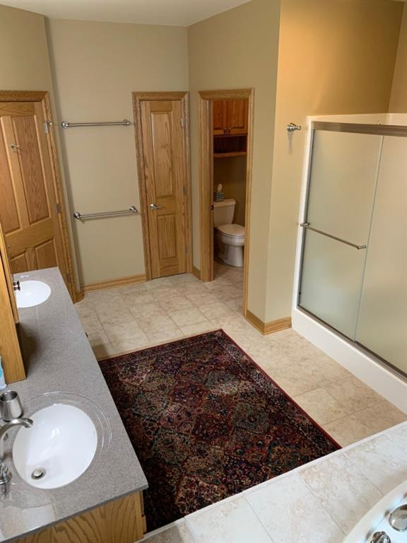 Private Stool Room - 3635 Ridgeway Drive Eau Claire