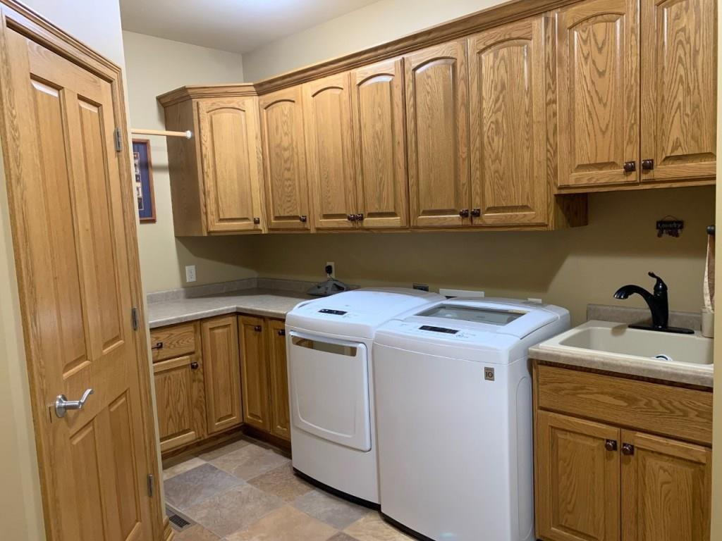 Washer & Dryer Included - 3635 Ridgeway Drive Eau Claire