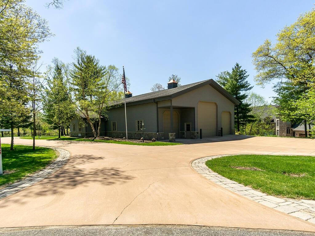 - 10452 43rd Avenue Chippewa Falls