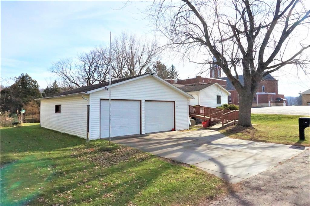 - 221 Church Road Plum City